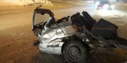 В Новокузнецке в результате ДТП автомобиль распался на части: никто не пострадал